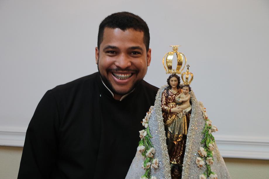 Pe. Rosinei Maria de Souza