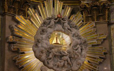 Importância da consagração a Maria – por Don André Maria Cardoso