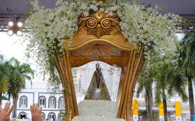 Domingo de muitas homenagens a Nossa Senhora de Nazaré!